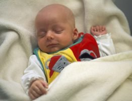 Three-weeks-old baby sleeping MR