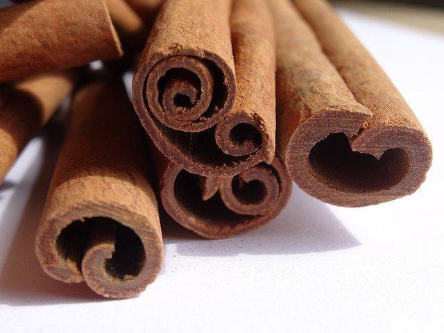 cinnamon-1070154_640